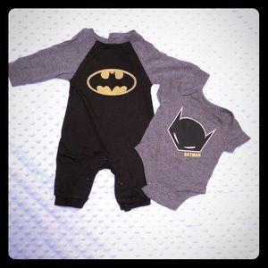 Infant boys 2 piece Batman outfit